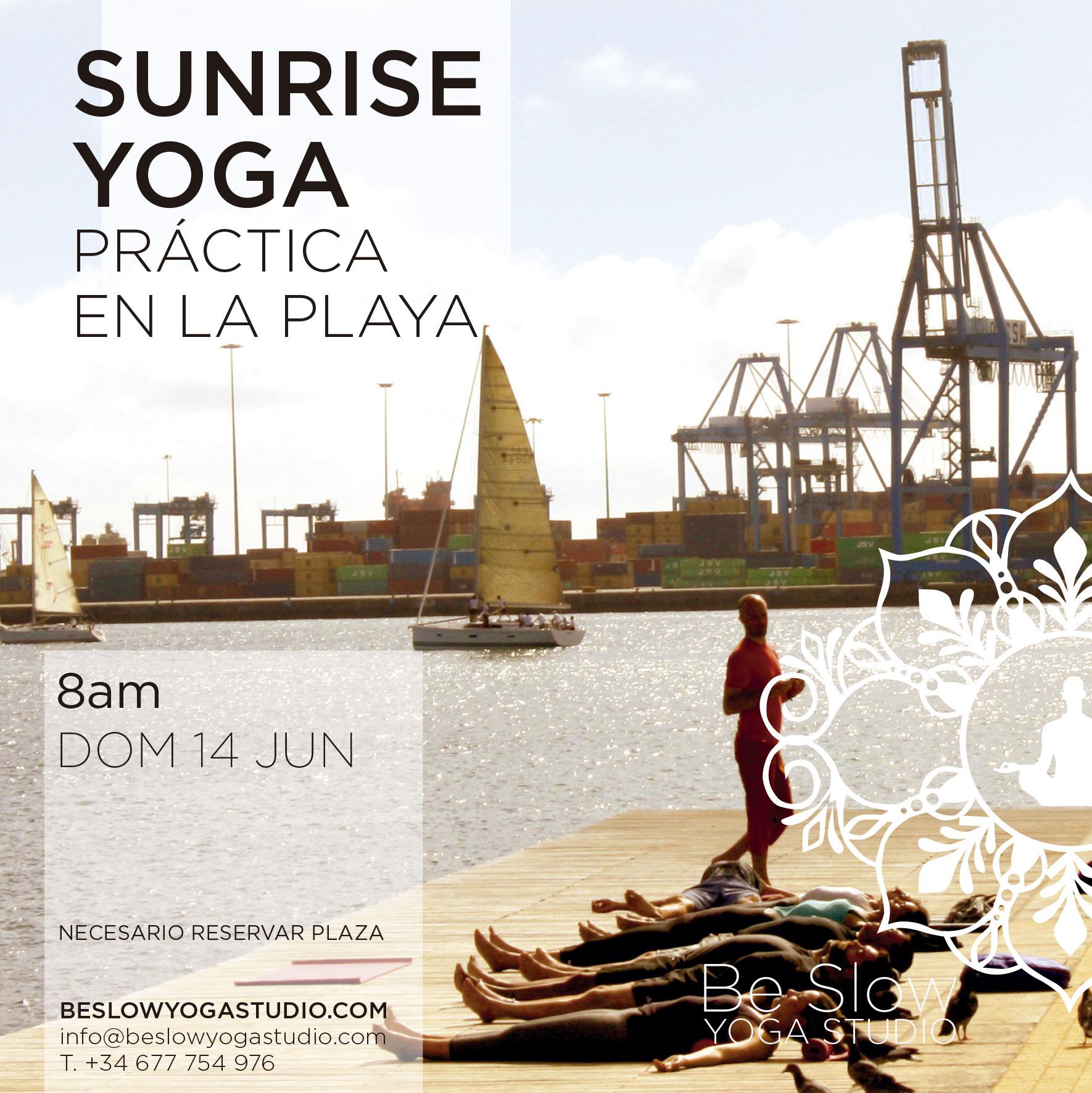 ¿Te animas a empezar el domingo practicando junto al mar?