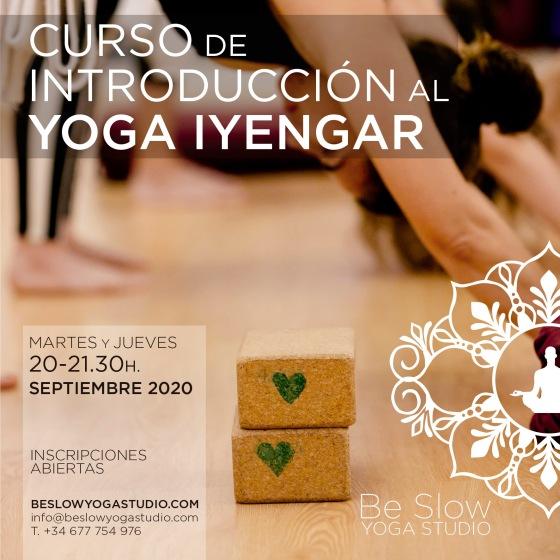 Comienza tu práctica de yoga a tu ritmo y sin prisas.